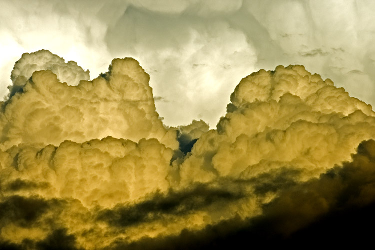 Storm cell clouds 2