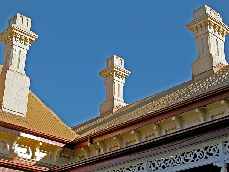 Railway station roof lines