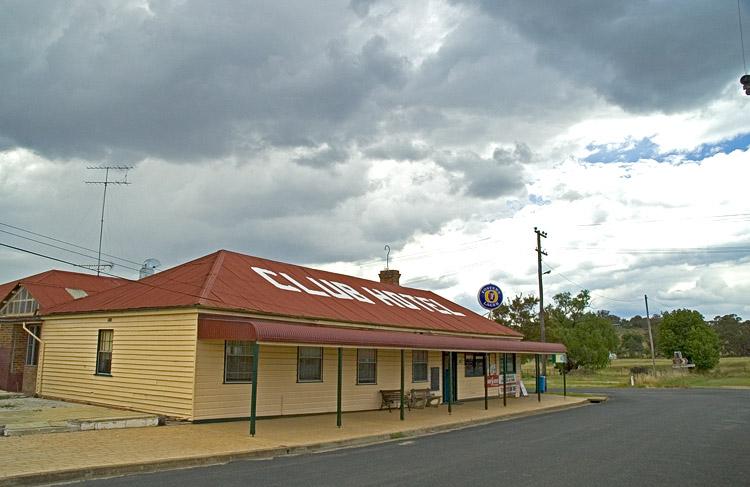 Club Hotel, Emmaville