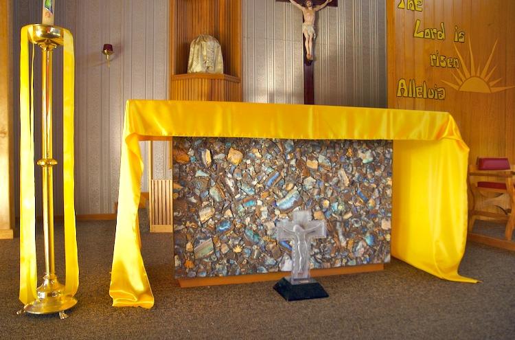 Quilpie opal altar