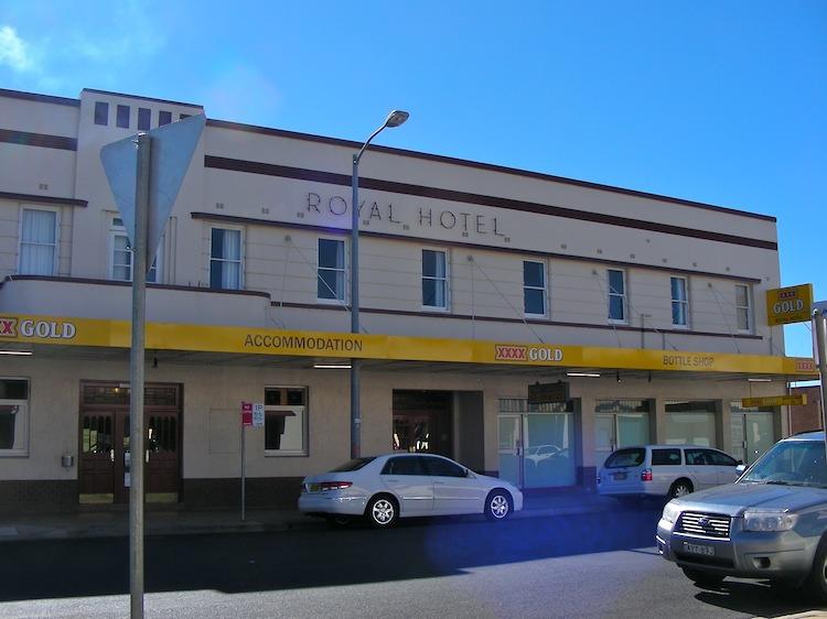 Hotels Around Royal Alexandra Hospital Edmonton
