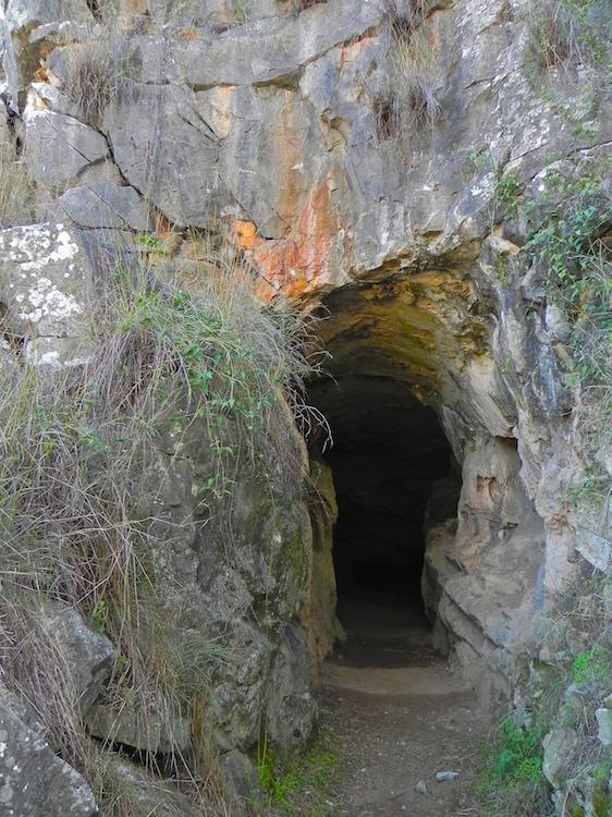 Kwiambal Np Batcave Entrance 171 Lookandsee